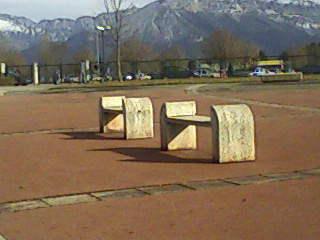http://champi-haine.cowblog.fr/images/20072011/Deuxbancs.jpg